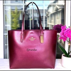 🌺NEW LG TOWN TOTE WINE COLOR